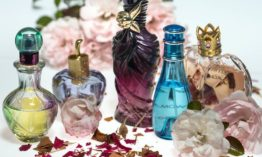 Why Use Perfume? Benefits of using Perfume Deo